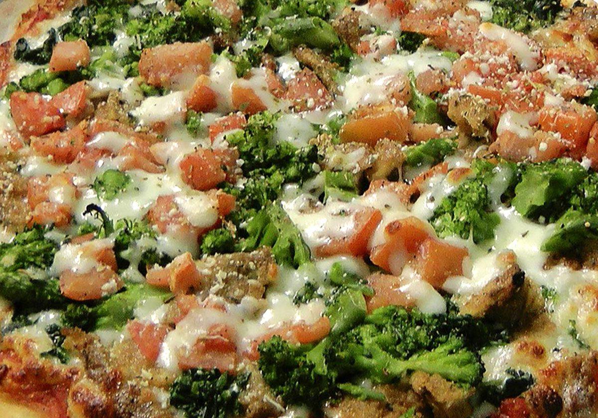 Luigi's Famous Pizza